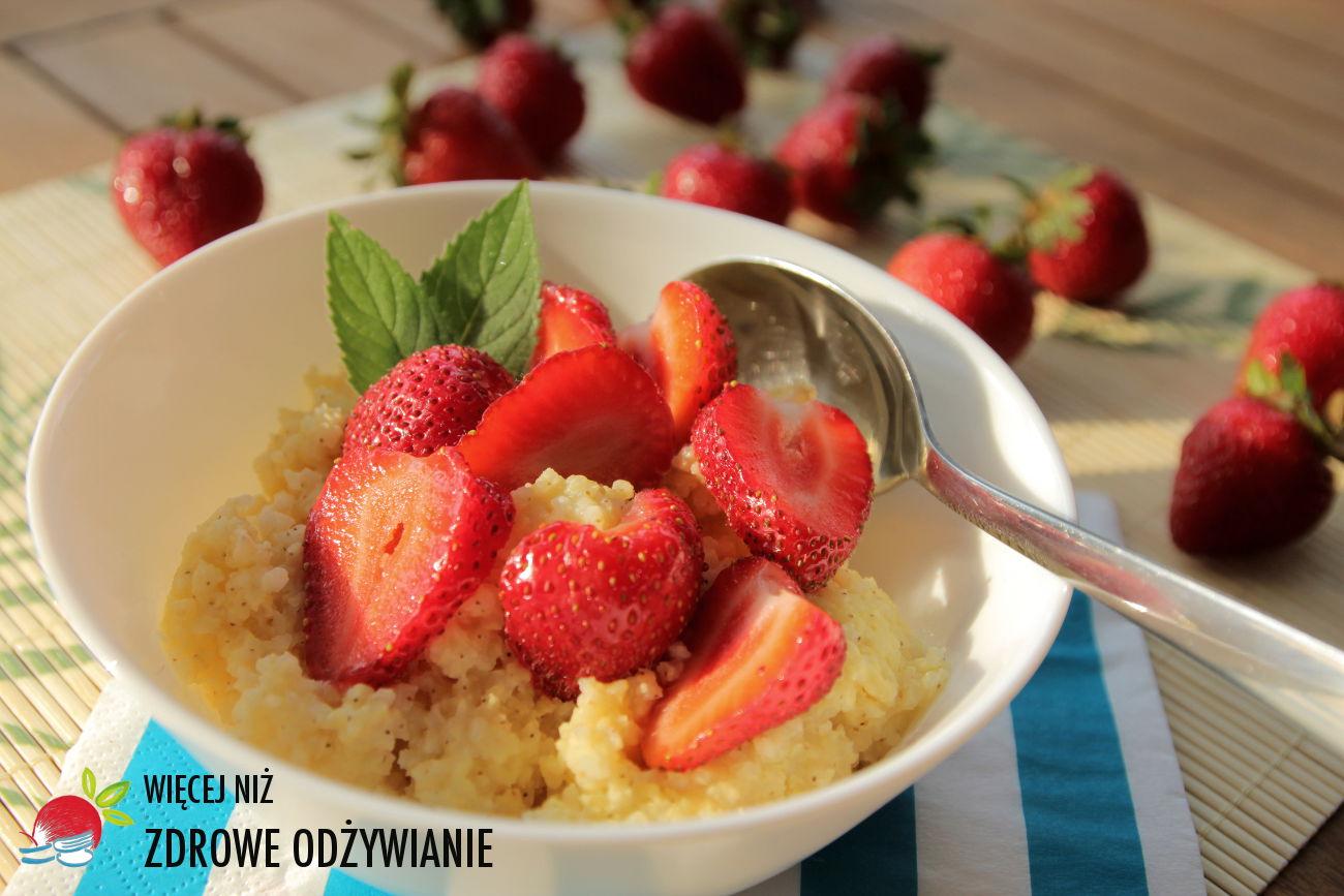 9 szybkich i zdrowych pomysłów na truskawki