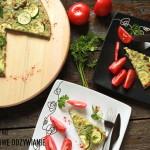 Frittata z cukinią, zielonymi oliwkami i oregano
