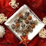 Świąteczne trufle migdałowo kokosowe