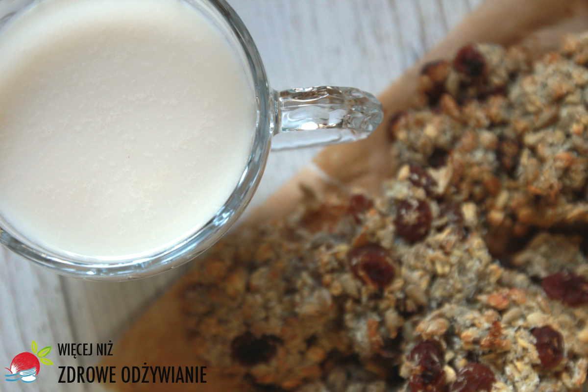 Ciastka z resztek i mleko kokosowo-jaglane
