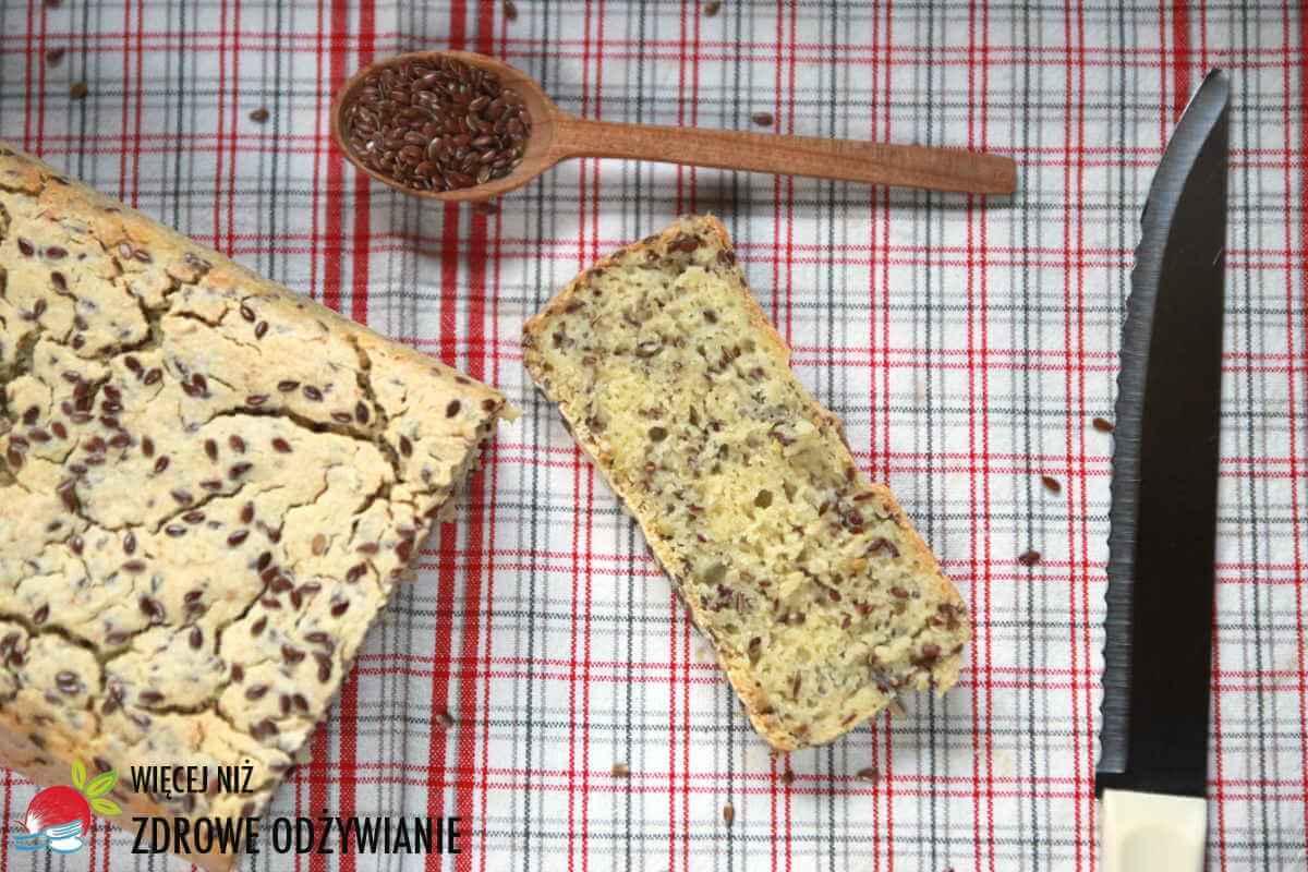 Chleb bezglutenowy z amarantusem i siemieniem