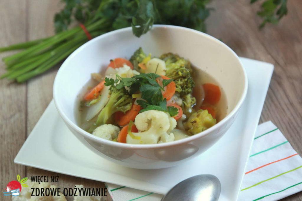 Kwiatowa zupa warzywna
