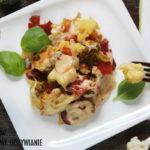 Pieczone warzywa z kozim serem
