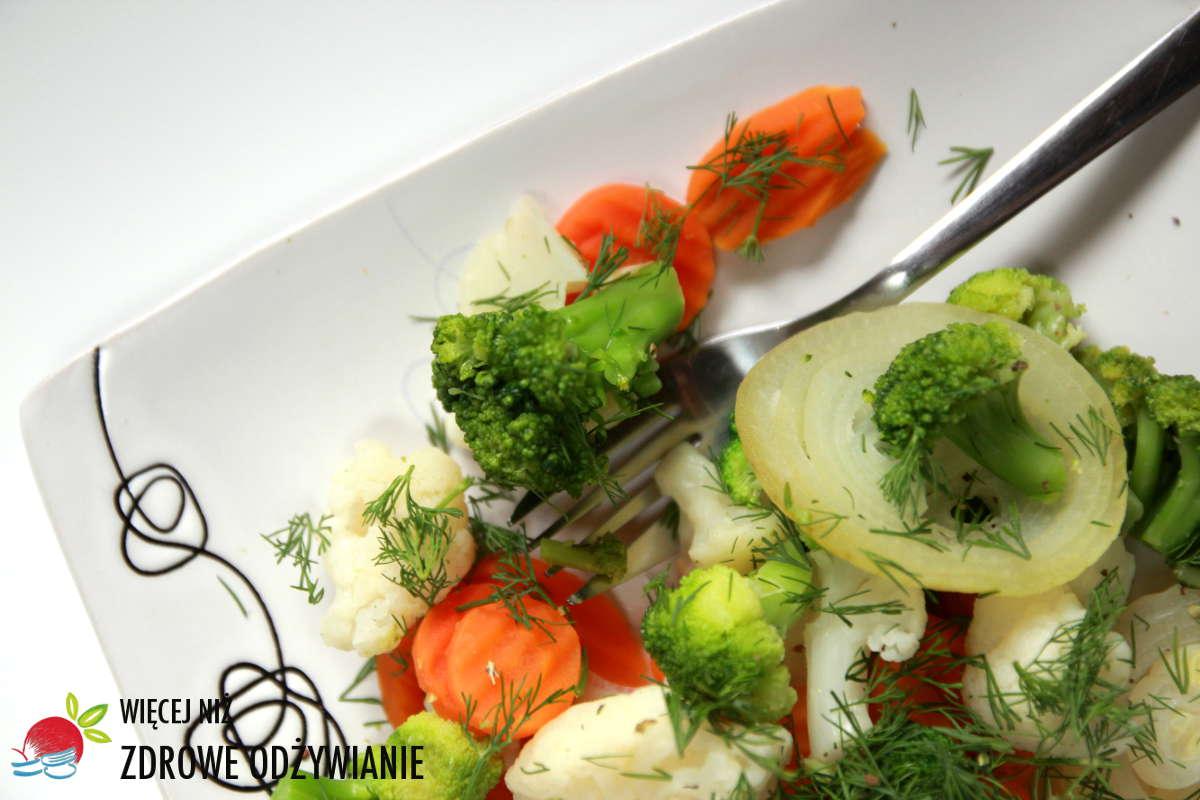 Krzyżowe warzywa na parze