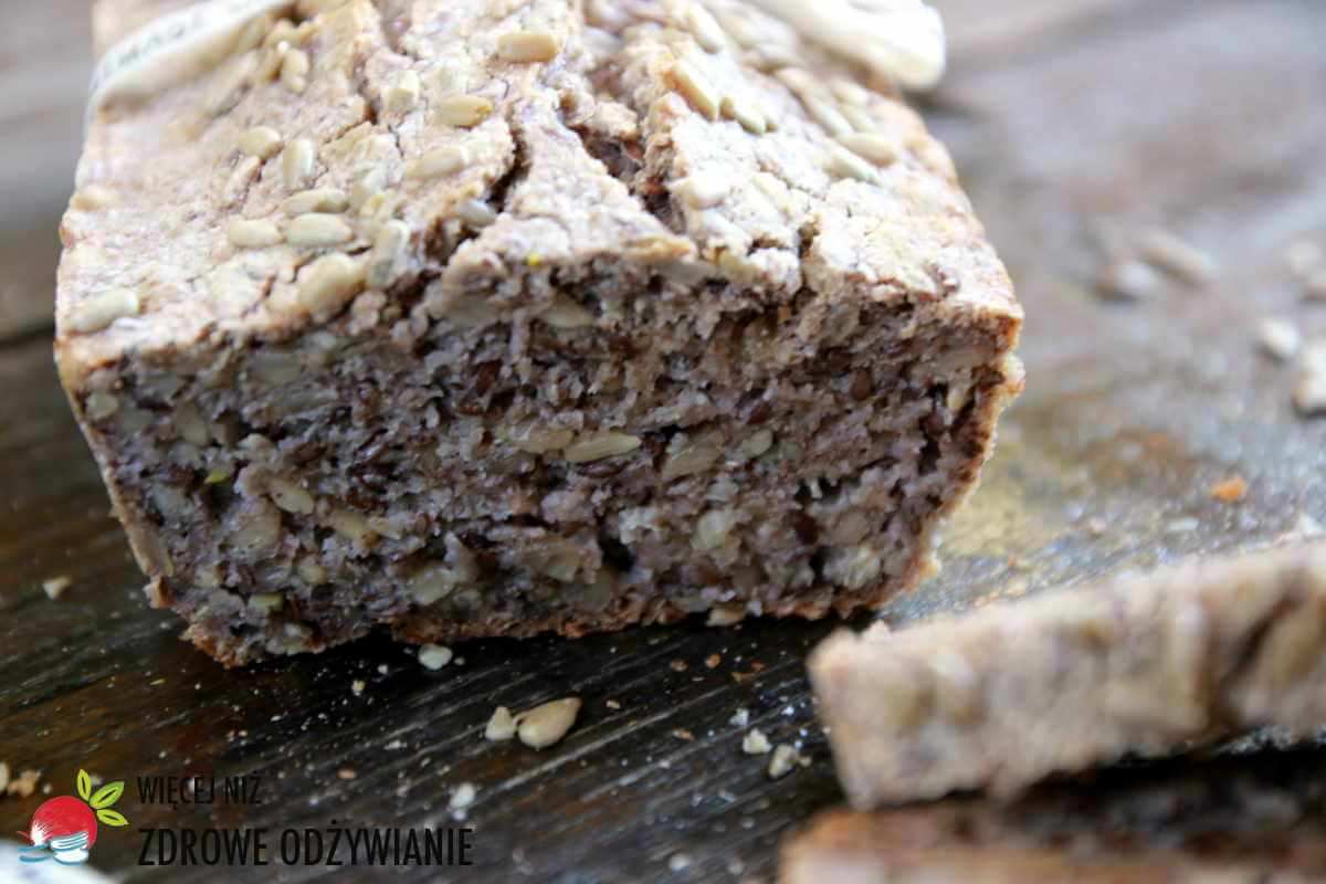 Chleb gryczano-ryżowy bezglutenowy z ziarnami na zakwasie