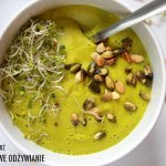 Zupa krem z groszku z pestkami dyni